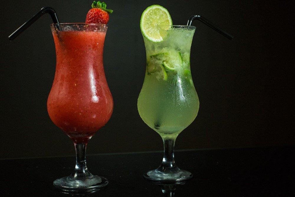 4 redenen waarom mensen cocktails drinken